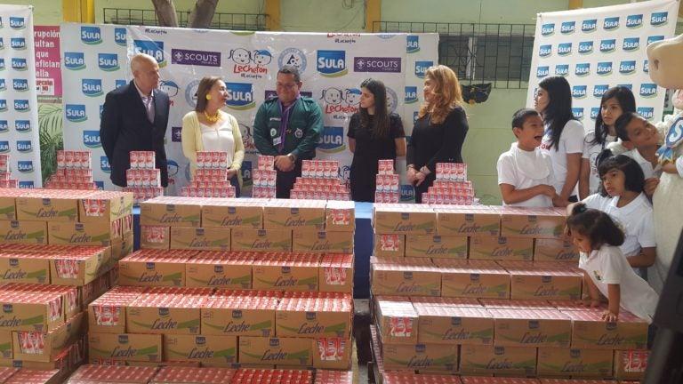 Lechetón del éxito a la acción: Distribuyen leche recolectada
