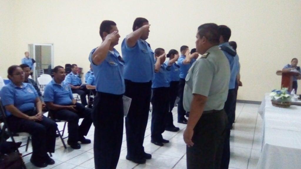 POLICIAS 2