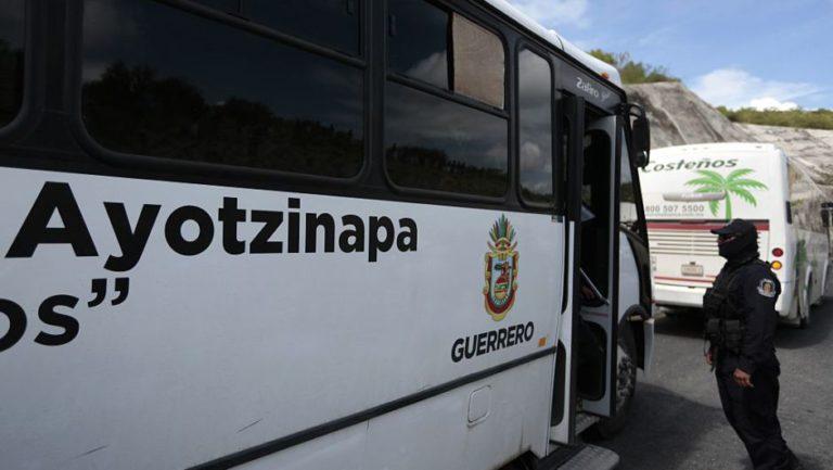 Asesinan a un profesor de la Escuela Normal de Ayotzinapa