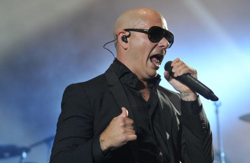 Pitbull carga duramente contra Donald Trump