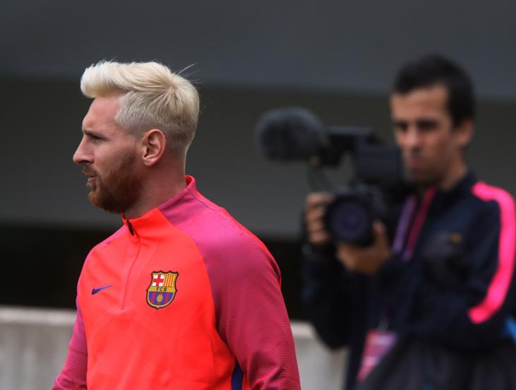 Lionel Messi se roba las miradas en entreno del Barcelona