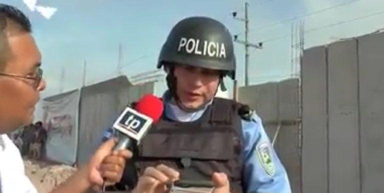 """El Progreso: """"Policía WhatsApp"""" mensajea y da entrevista a TV"""