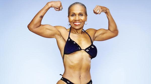 Ernestine Shepherd, la fisicoculturista de 80 años que parece de menos