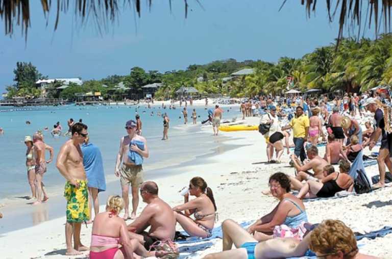 Turistas Salvadoreños gastan más de 2 millones de dólares en Honduras