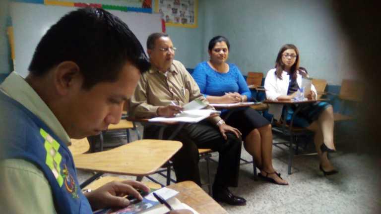 Imparten charlas educativas en escuelas y colegios capitalinos