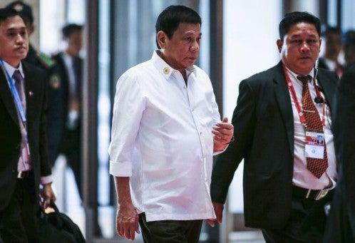 Presidente de Filipinas lamenta haber insultado a Obama