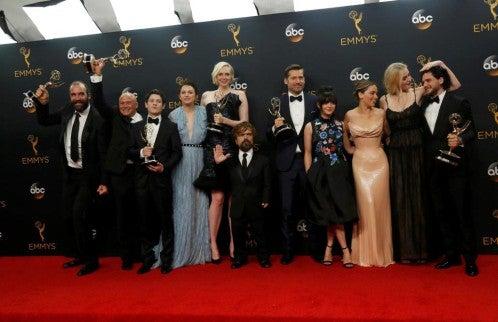 Juego de Tronos extiende su dominio implacable con 12 Emmy