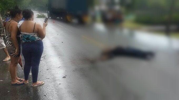 Muere motociclista tras impactar contra camión en Atlántida