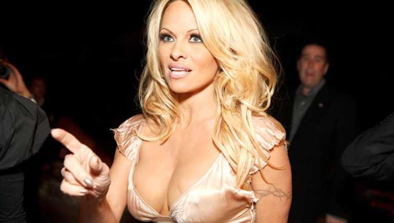 Pamela Anderson advierte sobre peligros de la pornografía