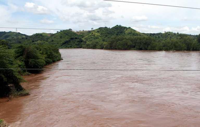Hallan cadáveres de dos niños en río de Tocoa, Colón