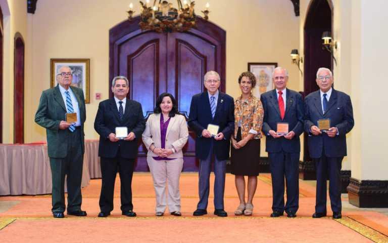 Tegucigalpa: CCNI recibe reconocimiento de Salud y OPS