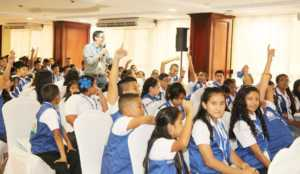 capacitación sobre el zika al congreso infantil