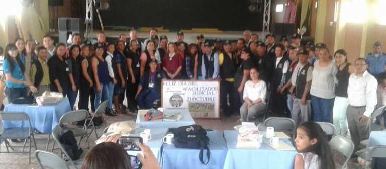 Capacitan más de 70 facilitadores judiciales de la Fiscalía de Talanga