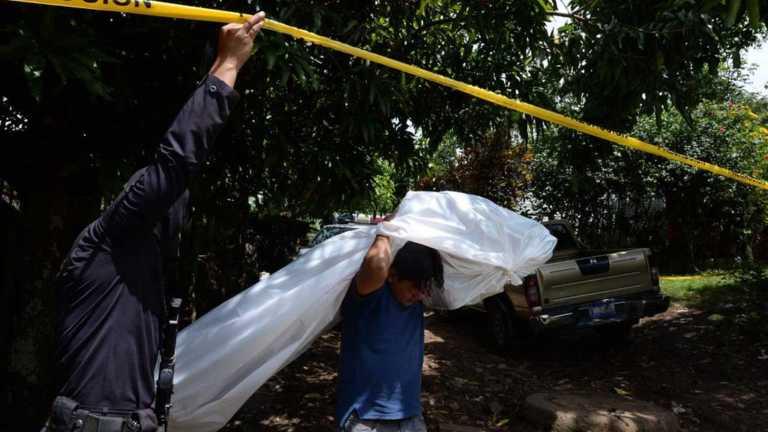 El Salvador: Seis pandilleros muertos al enfrentarse con policías