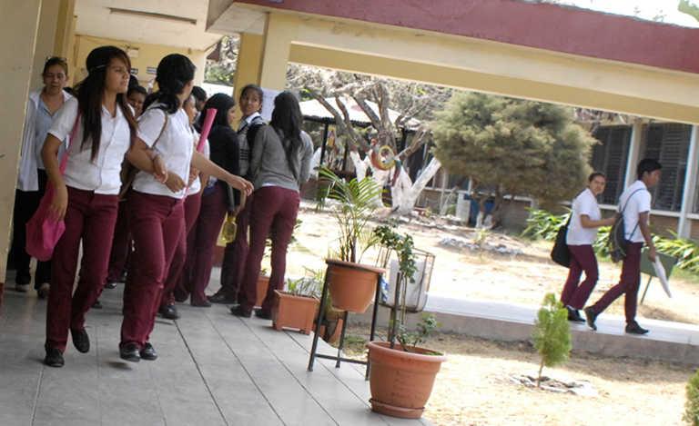 Un adiós para la Escuela Normal Mixta Pedro Nufio en Honduras