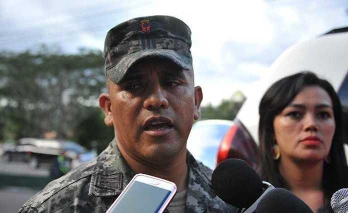 """Capitán Santos Rodríguez: """" FFAA son títeres"""""""