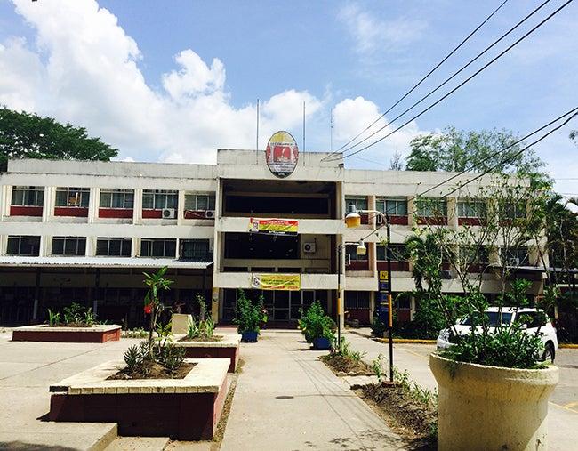 Universidad en el Valle de Sula.