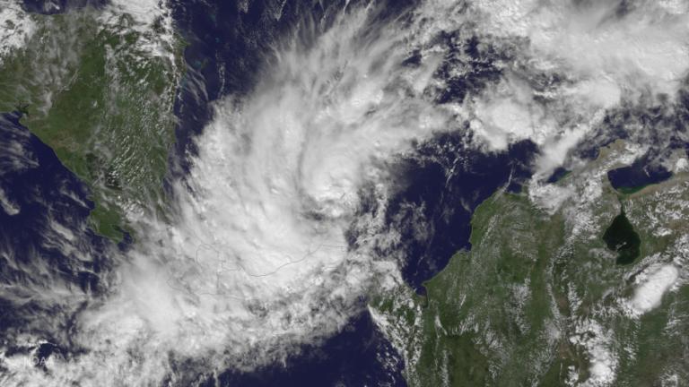 Otto vuelve a ser huracán: Alerta nacional en Costa Rica y Nicaragua