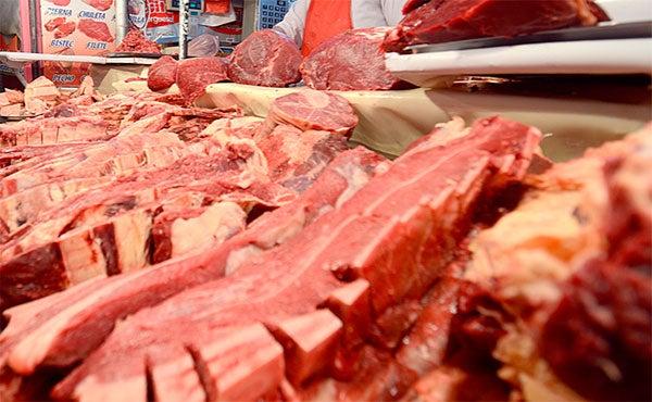 Entre 2 y 3  lempiras aumentará el precio de la carne de res y cerdo en navidad