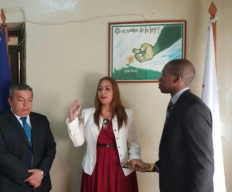 Juramentan agentes de Tribunales en la Fiscalía regional de oriente