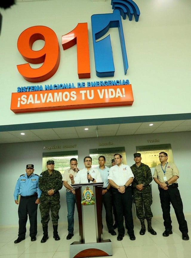 Presidente anuncia responsabilidad penal para quienes realicen llamadas falsas al 911