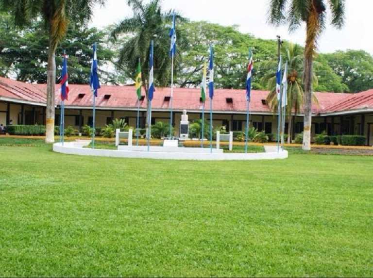 Presentan órdenes de captura contra estudiantes de la UNA