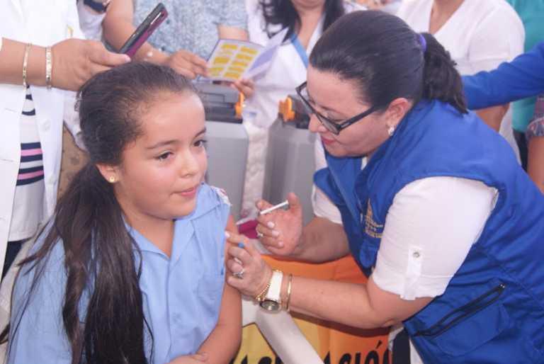 Más de 71 mil niñas completarán inmunización contra el papiloma en Honduras