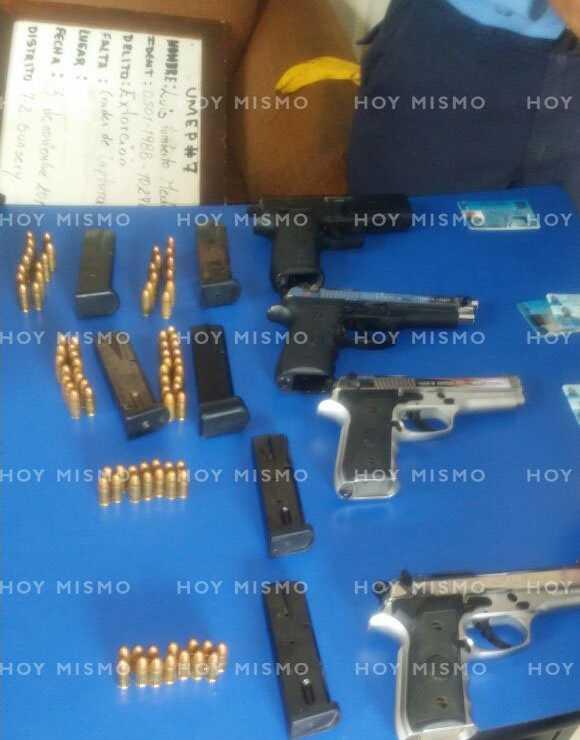 Armas decomisadas a los detenidos