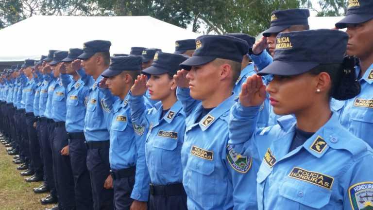 Seguridad Inaugura nuevo complejo policial y gradúa otros 1200 policías