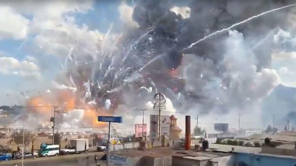 VIDEO: Explosión en un mercado de pólvora deja 22 muertos