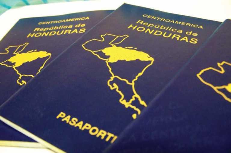 Caos por suspensión en la emisión de pasaportes de emergencia