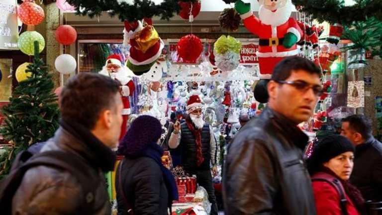 Papá Noel resiste la islamización en Estambul, Turquía