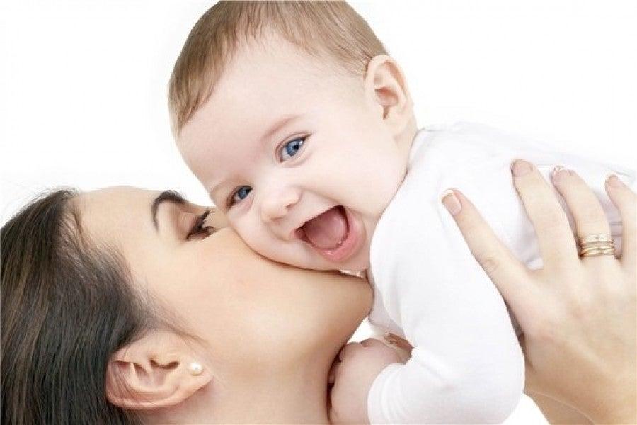 Las madres desarrollan una actitud empática para proteger a sus hijos.