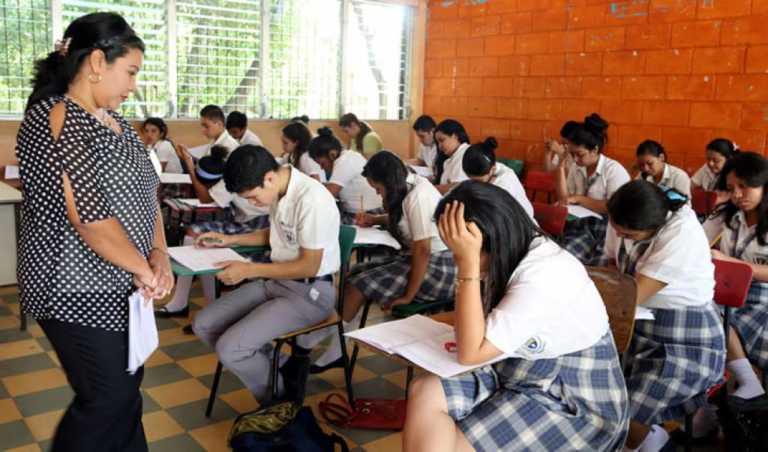 Mañana pagarán salarios atrasados a docentes de Honduras