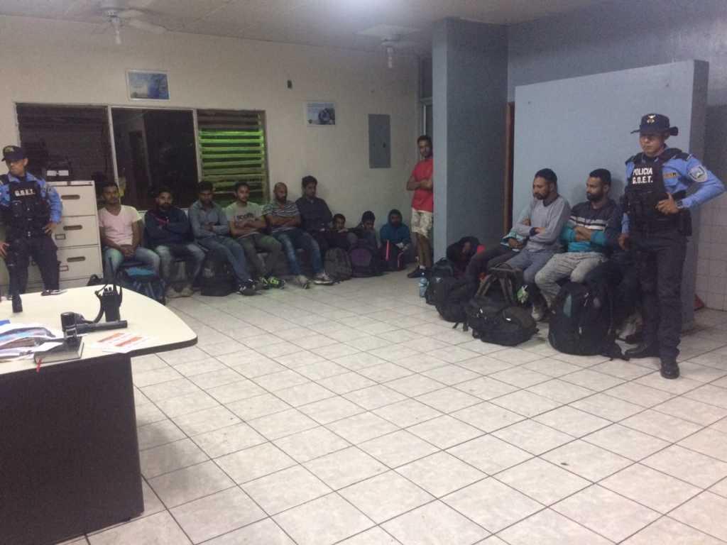 Emigrantes retenidos en Choluteca.
