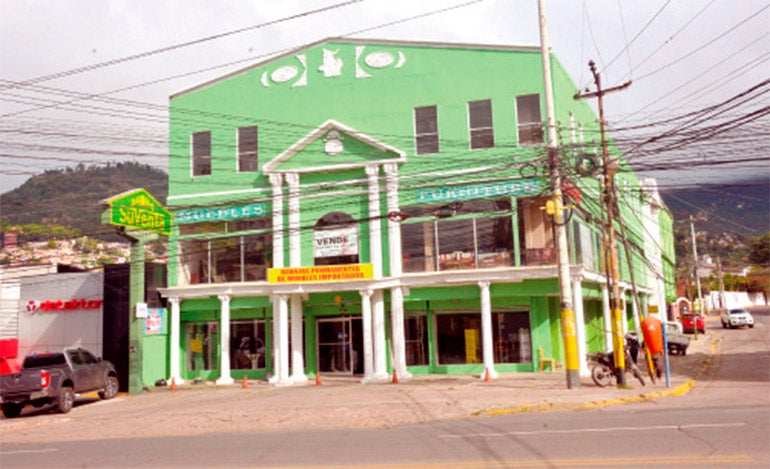 Tienda Suventa en Tegucigalpa, Honduras.