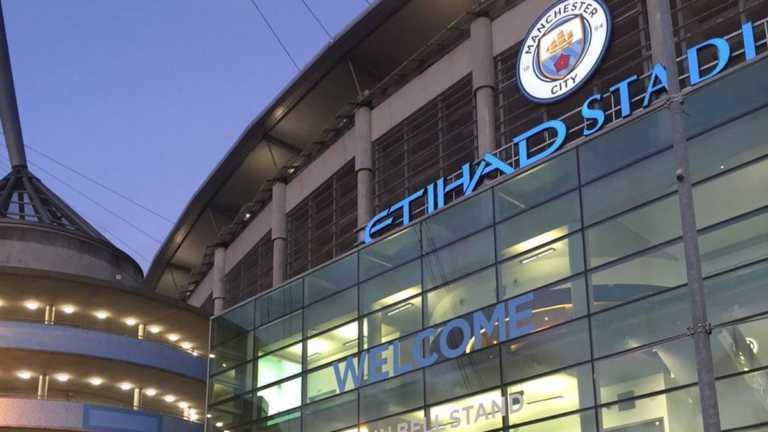 Acusan al Manchester City de incumplir las leyes de antidopaje