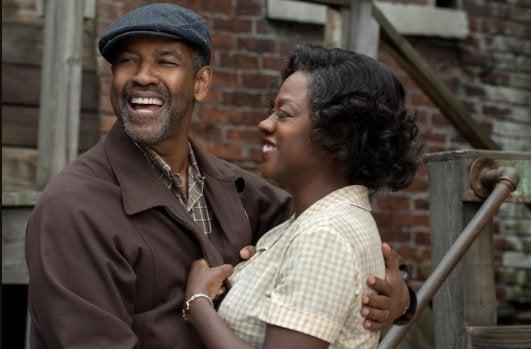 El ganador de #sagawards a Mejor actor es para Denzel Washington por Fences...