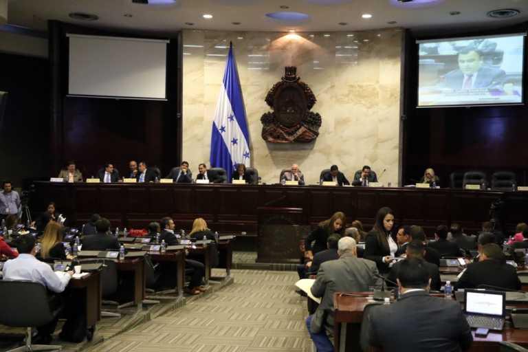 Sigue discusión de reformas al Código Penal en el CN