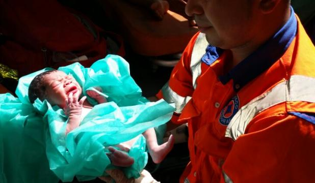 Paramédicos de Copeco atienden parto en salida a Olancho