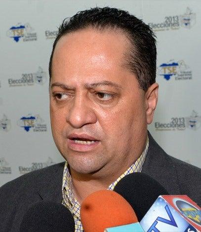 Alejandro Martínez, secretario general del TSE.