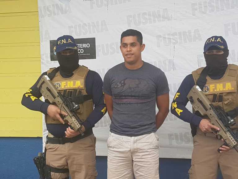 Capturan a un árbitro hondureño por supuesta extorsión