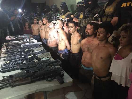 Los detenidos en Colonia La Planeta.