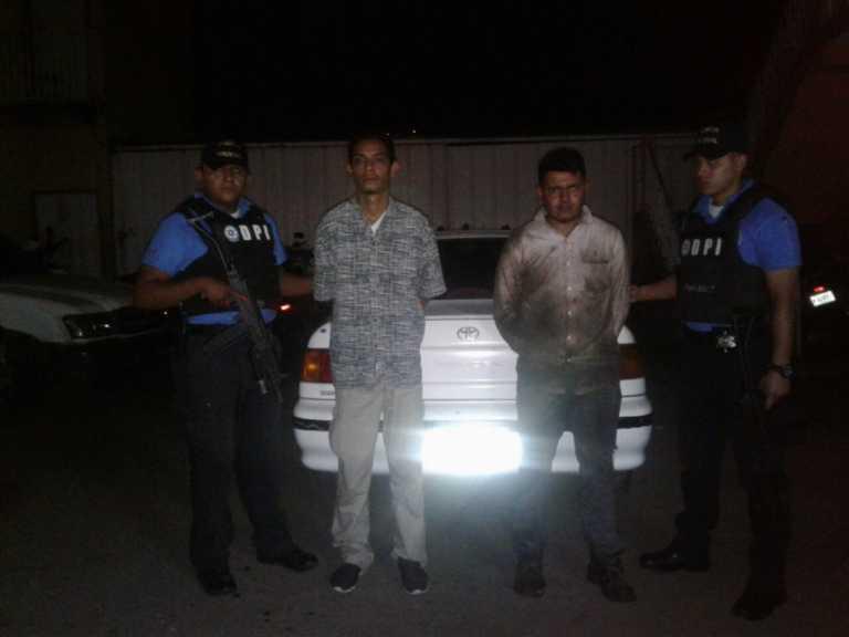 """Recuperan automotores robados y capturan a mecánicos """"mañosos"""""""