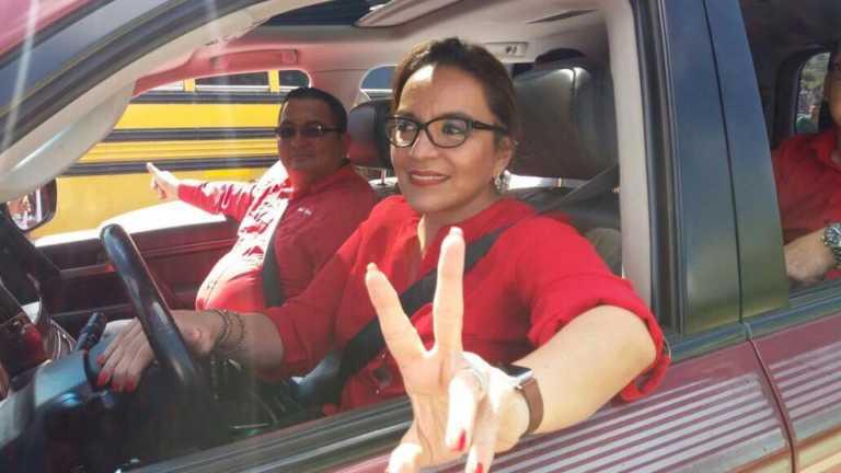 Xiomara Castro: «hay grupos paramilitares que asesinan gente»