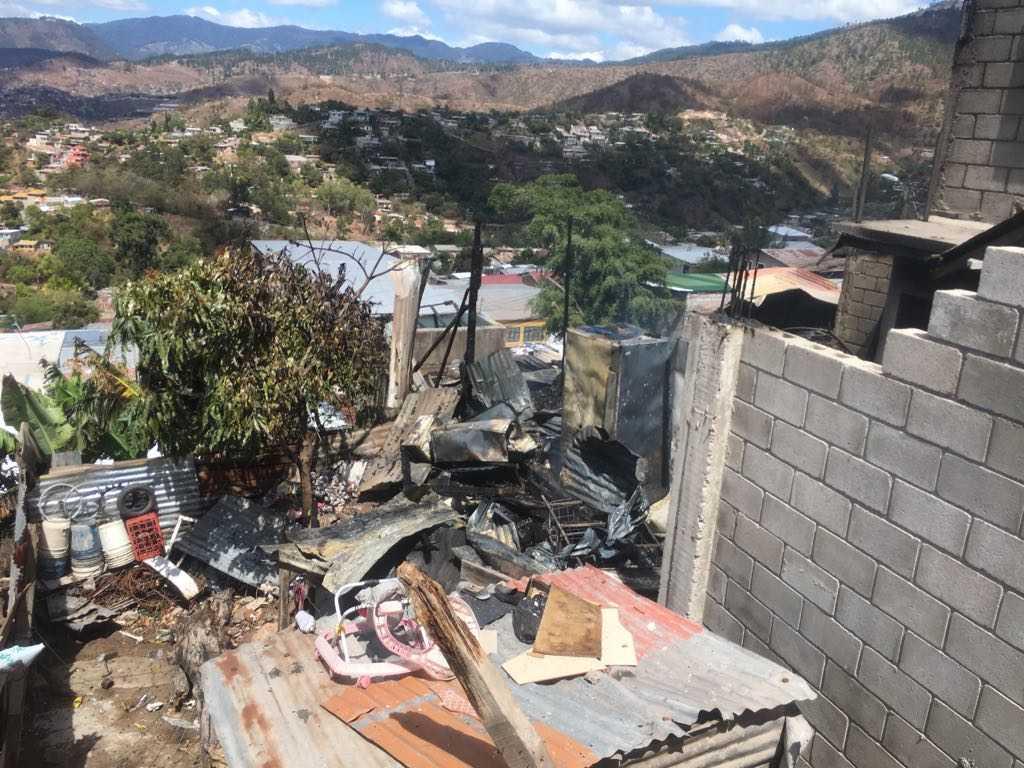 4 viviendas son las que han sido consumidas por incendio en la colonia Nueva Suyapa.