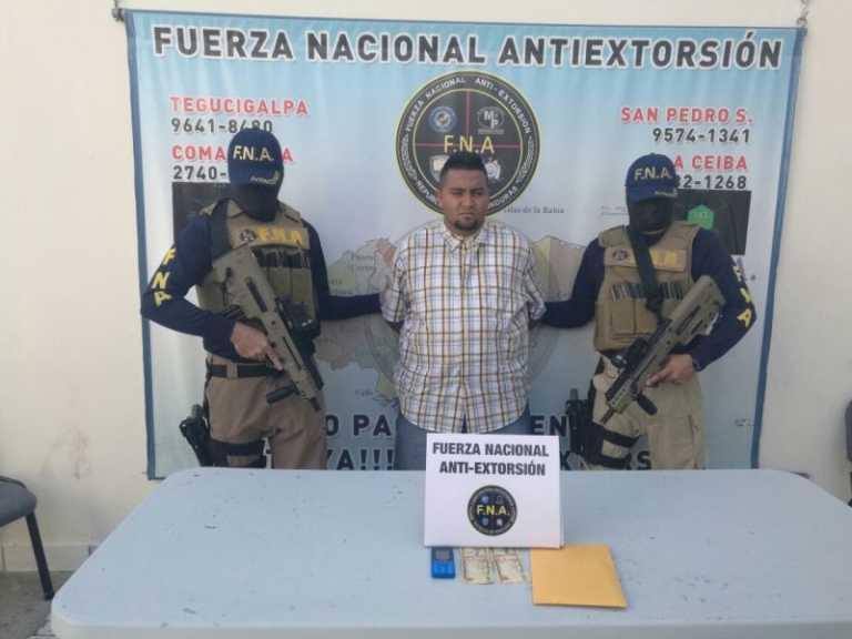 Capturan a miembro de la pandilla 18 en un centro comercial en Tegucigalpa