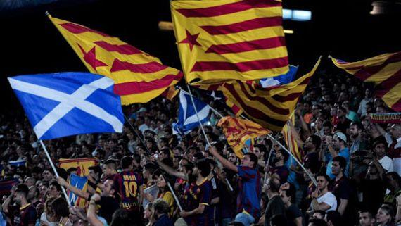 50 encapuchados agreden a aficionados del Barcelona