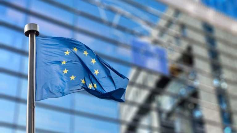 Hondureños tendrán que solicitar permiso para ingresar a Europa