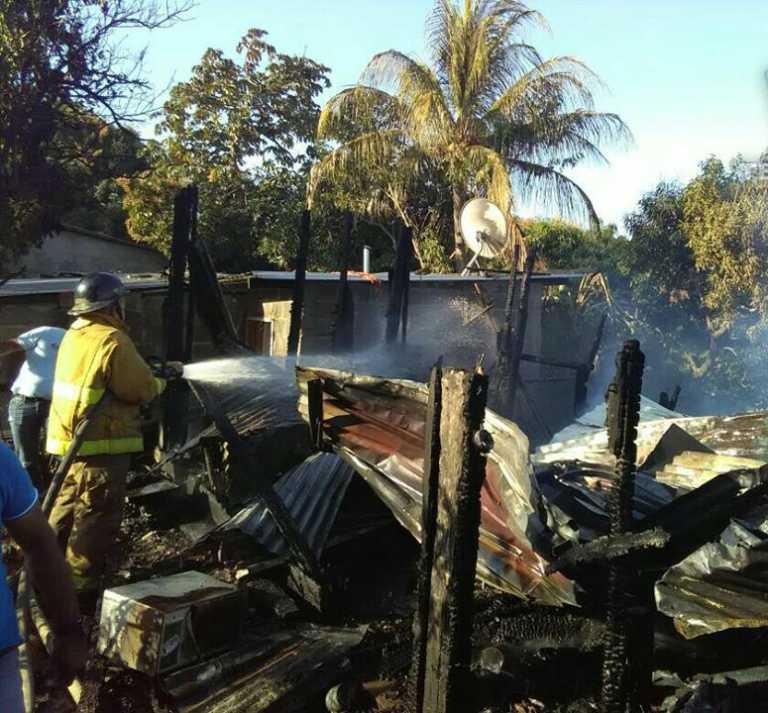 Incendio deja una persona herida en La Ceiba